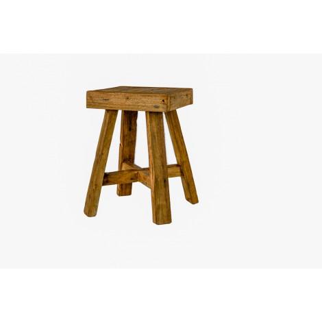 Sillon con asiento de anea tallado en madera maciza