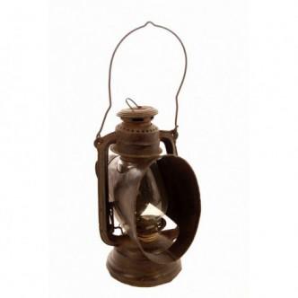 Linterna de aceite antigua