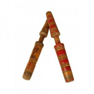 Palos de madera antiguo de...